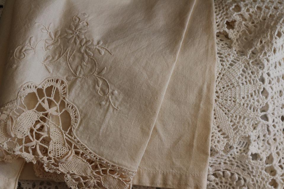 lace-linen